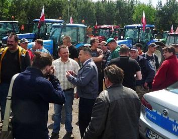 polish-landgrabbing-protest